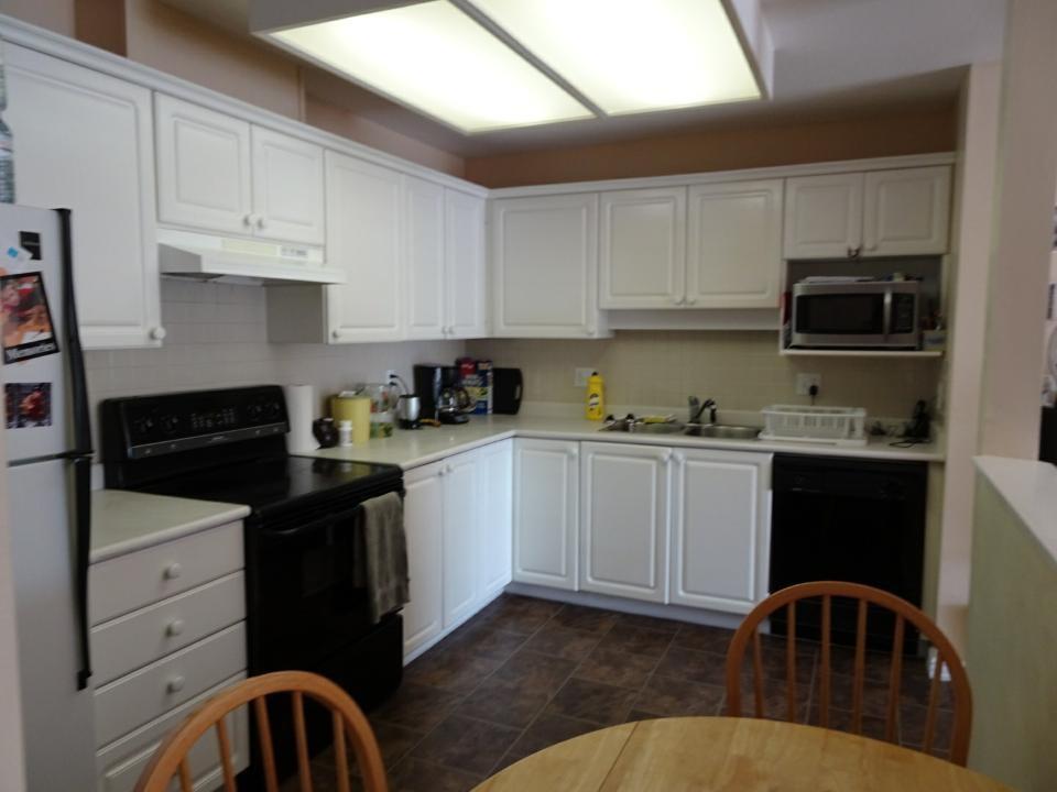 Condo Apartment at 305 33669 2ND AVENUE, Unit 305, Mission, British Columbia. Image 2