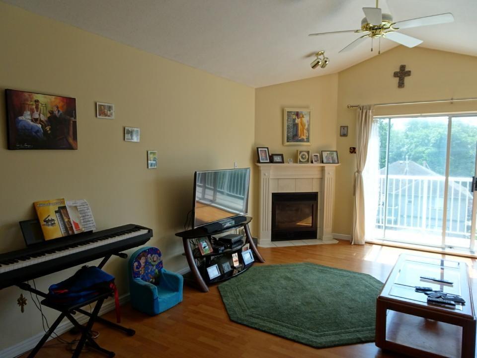 Condo Apartment at 305 33669 2ND AVENUE, Unit 305, Mission, British Columbia. Image 5