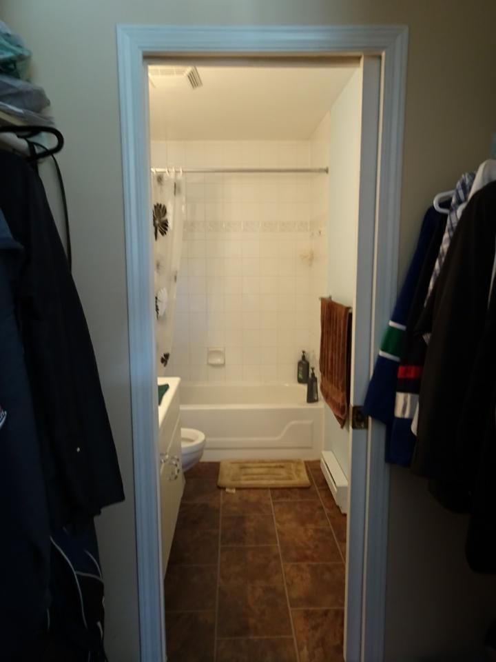 Condo Apartment at 305 33669 2ND AVENUE, Unit 305, Mission, British Columbia. Image 9