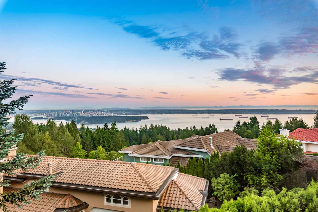 Detached at 1502 ERRIGAL PLACE, West Vancouver, British Columbia. Image 1