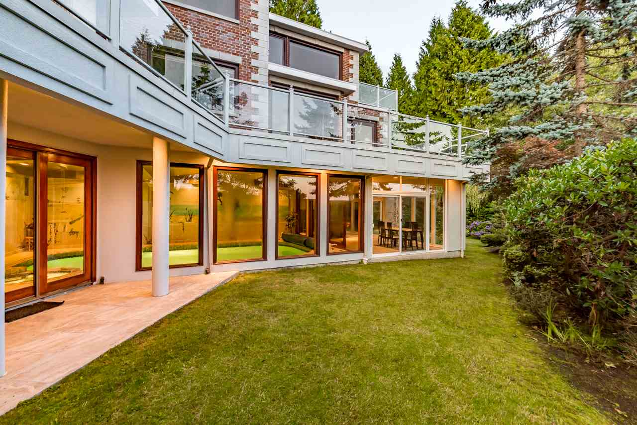 Detached at 1502 ERRIGAL PLACE, West Vancouver, British Columbia. Image 2