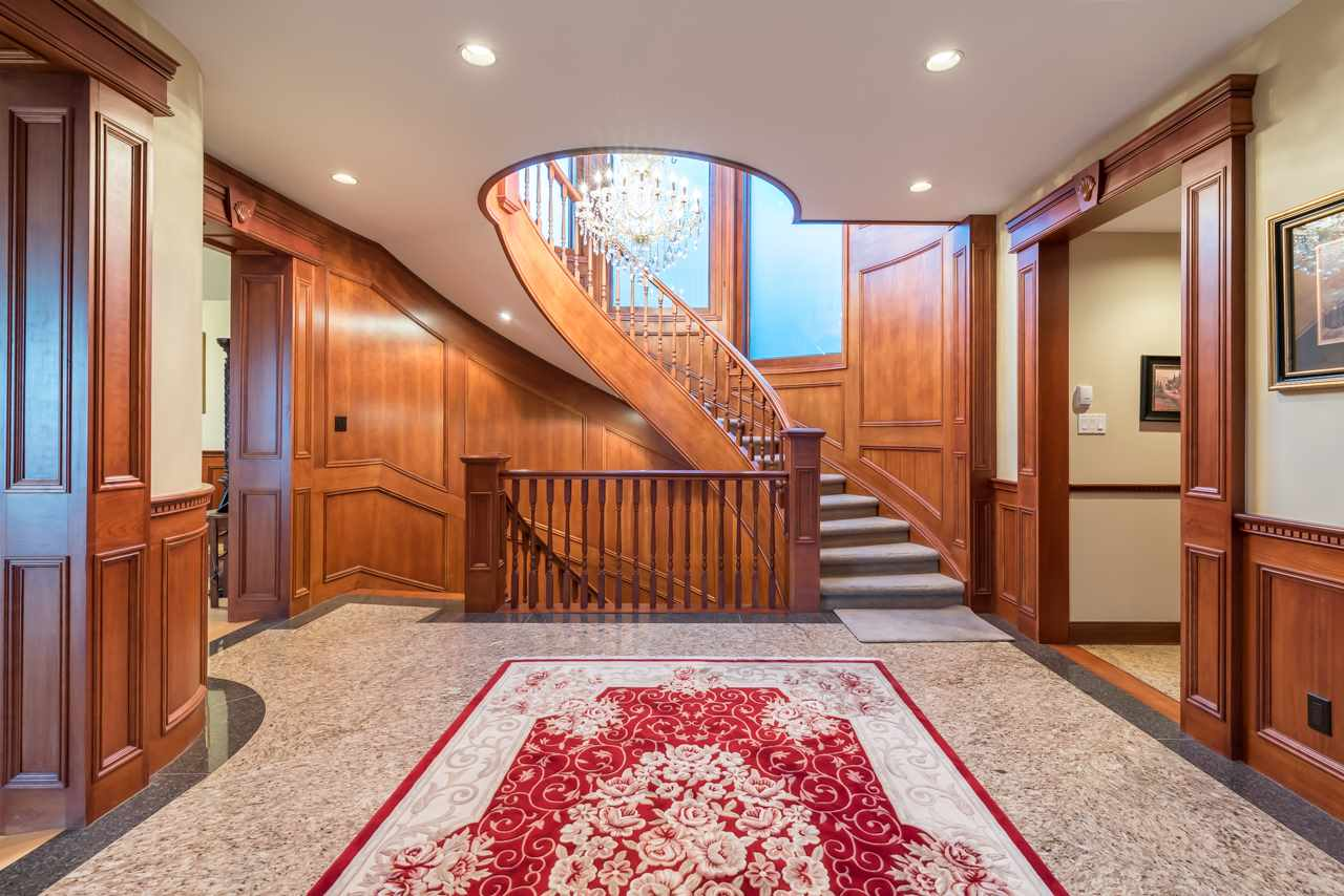 Detached at 1502 ERRIGAL PLACE, West Vancouver, British Columbia. Image 6