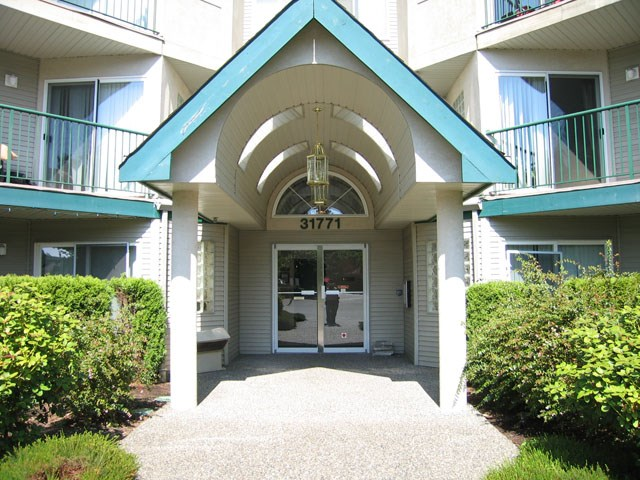 Condo Apartment at 409 31771 PEARDONVILLE ROAD, Unit 409, Abbotsford, British Columbia. Image 2