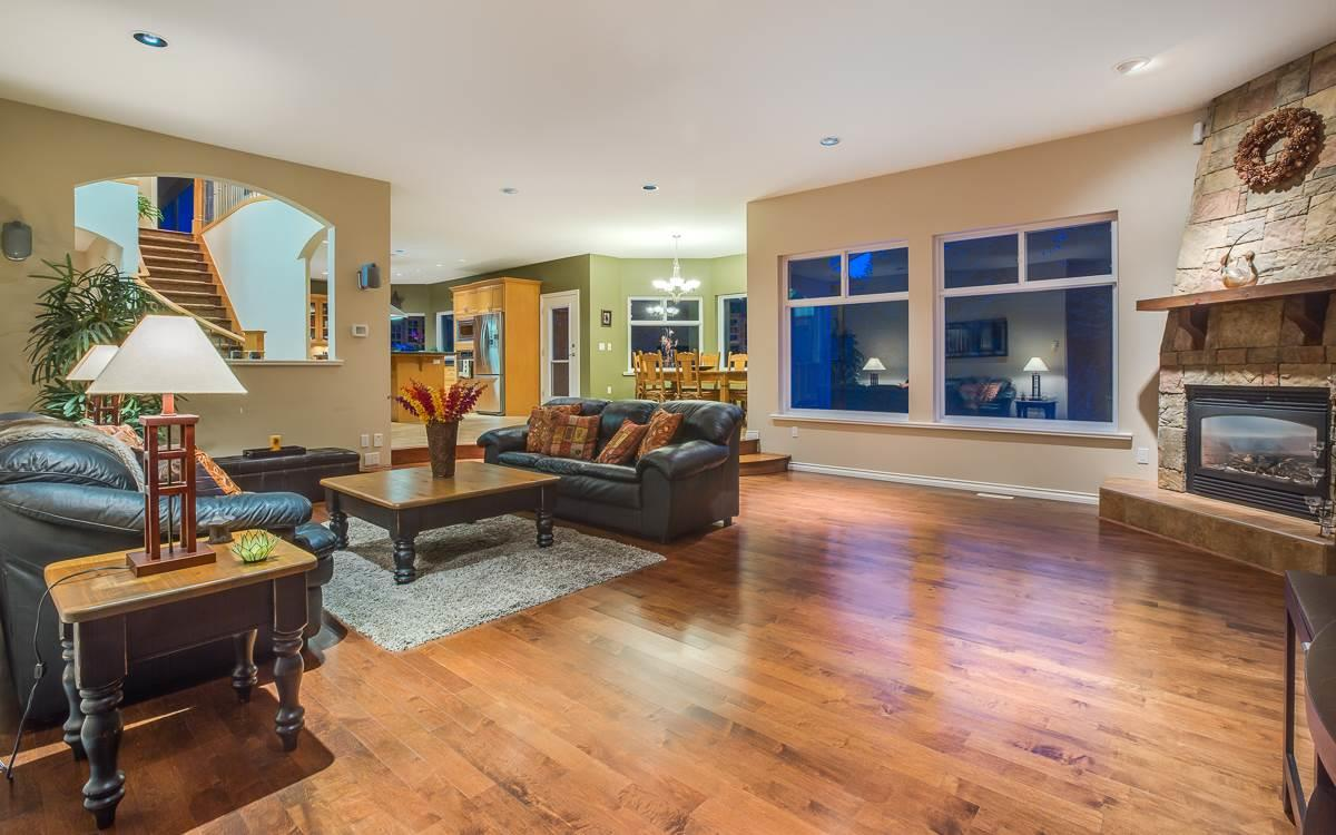 Detached at 1150 MOUNTAIN AYRE LANE, Port Moody, British Columbia. Image 5