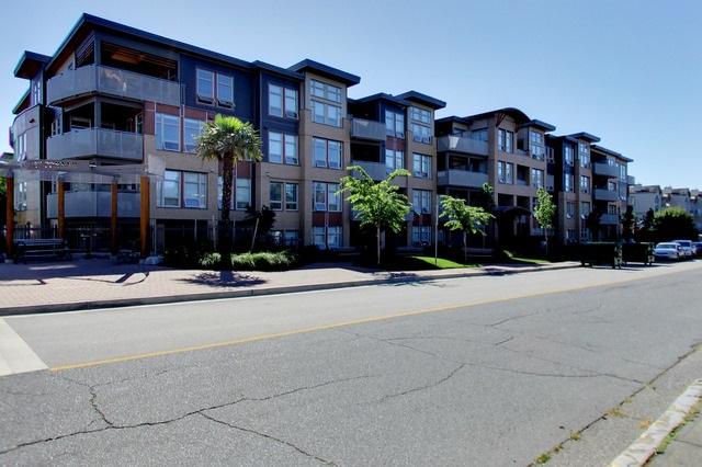 Condo Apartment at 112 1166 54A STREET, Unit 112, Tsawwassen, British Columbia. Image 1