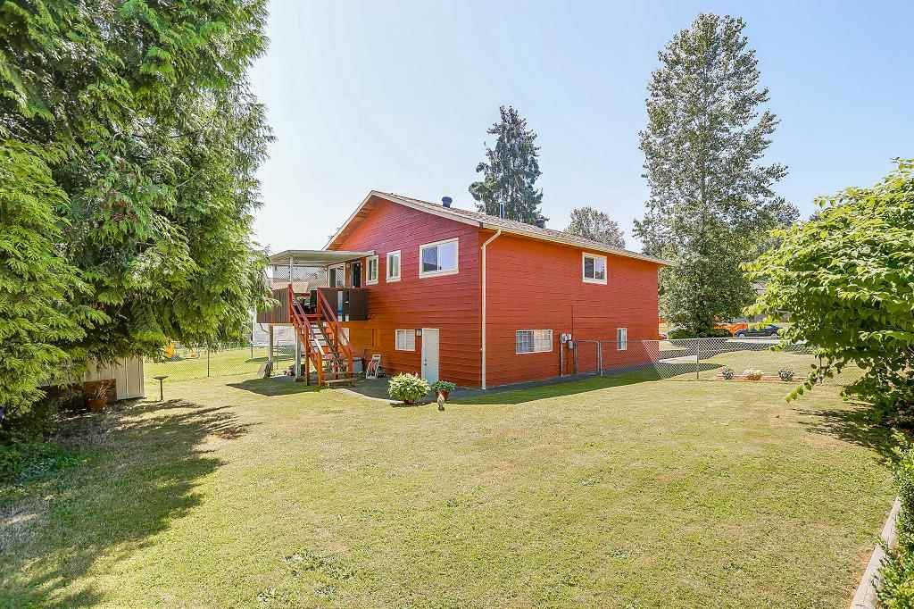 Detached at 8736 TULSY CRESCENT, Surrey, British Columbia. Image 20