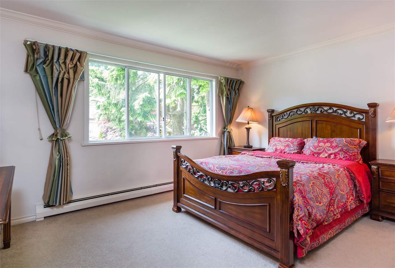 Detached at 6089 HOLLAND STREET, Vancouver West, British Columbia. Image 11