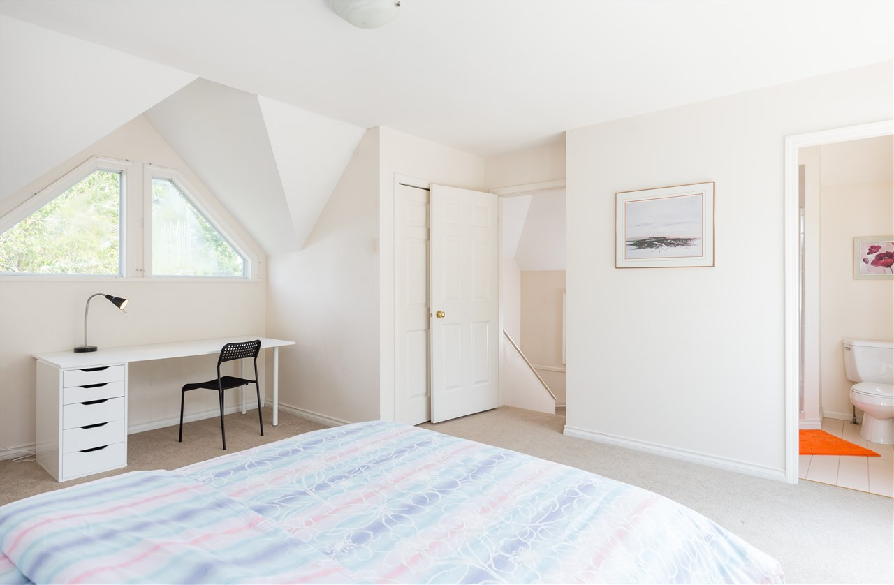 Detached at 6089 HOLLAND STREET, Vancouver West, British Columbia. Image 15