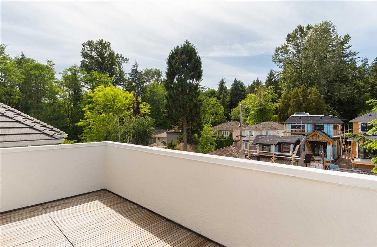Detached at 6089 HOLLAND STREET, Vancouver West, British Columbia. Image 16