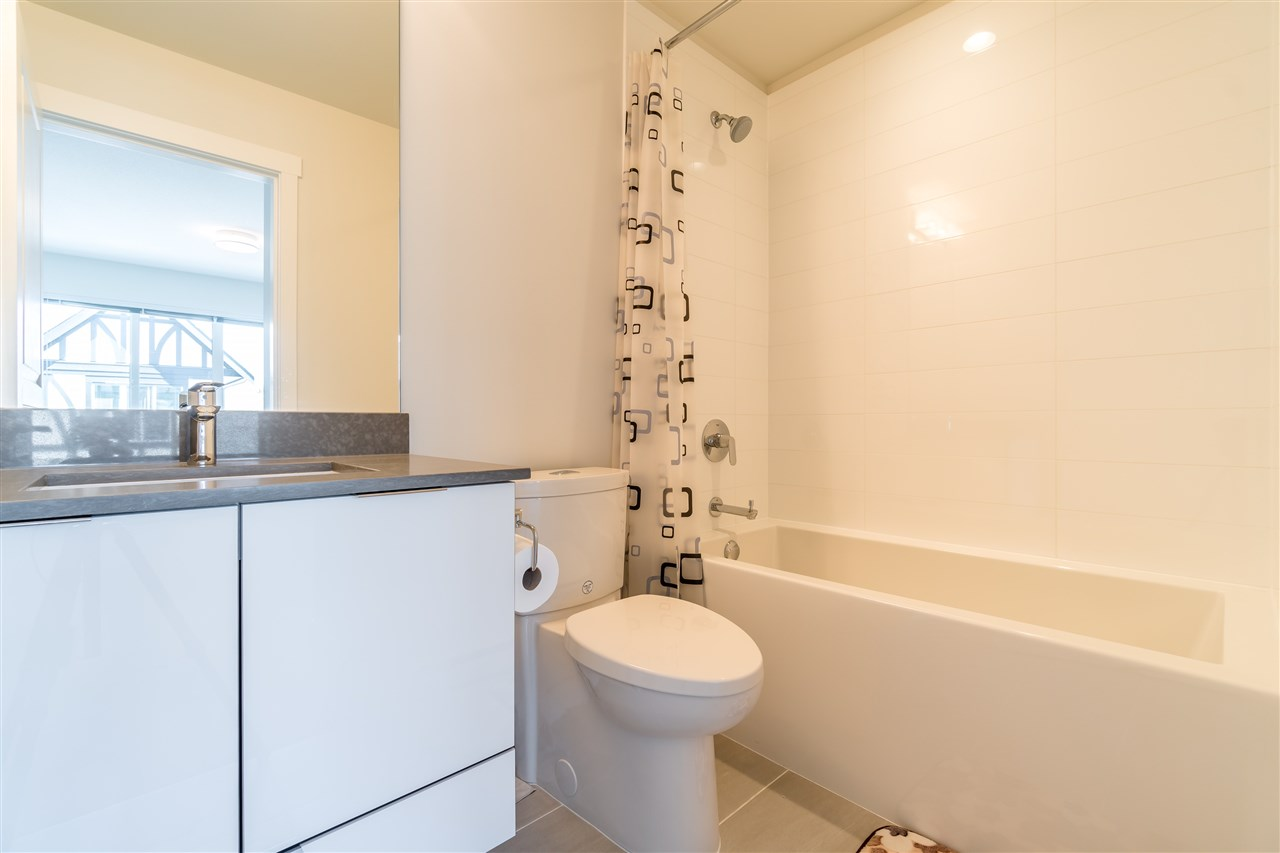 Townhouse at 28 10388 NO 2 ROAD, Unit 28, Richmond, British Columbia. Image 16