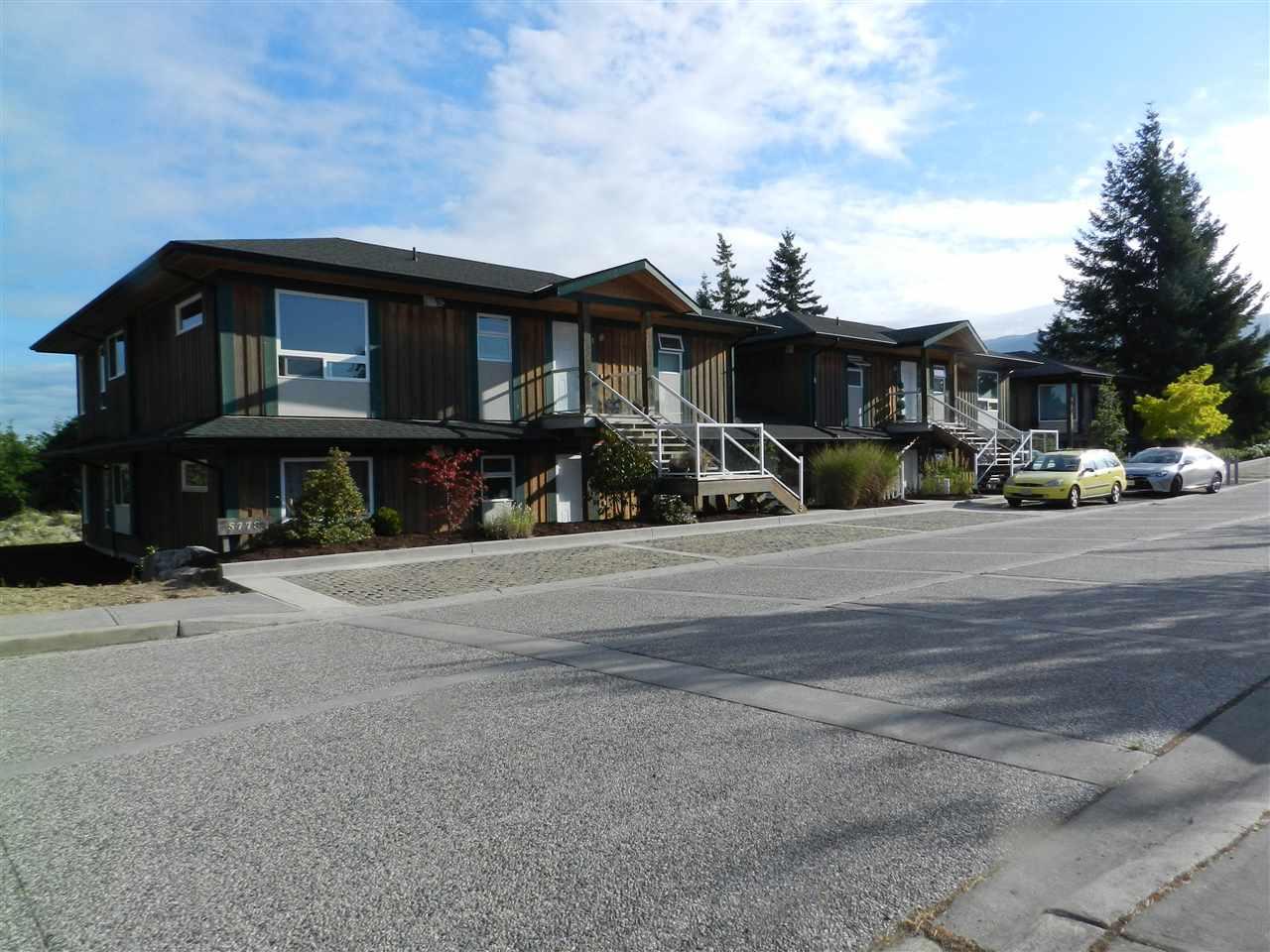 Condo Apartment at 3 5778 MARINE WAY, Unit 3, Sunshine Coast, British Columbia. Image 1