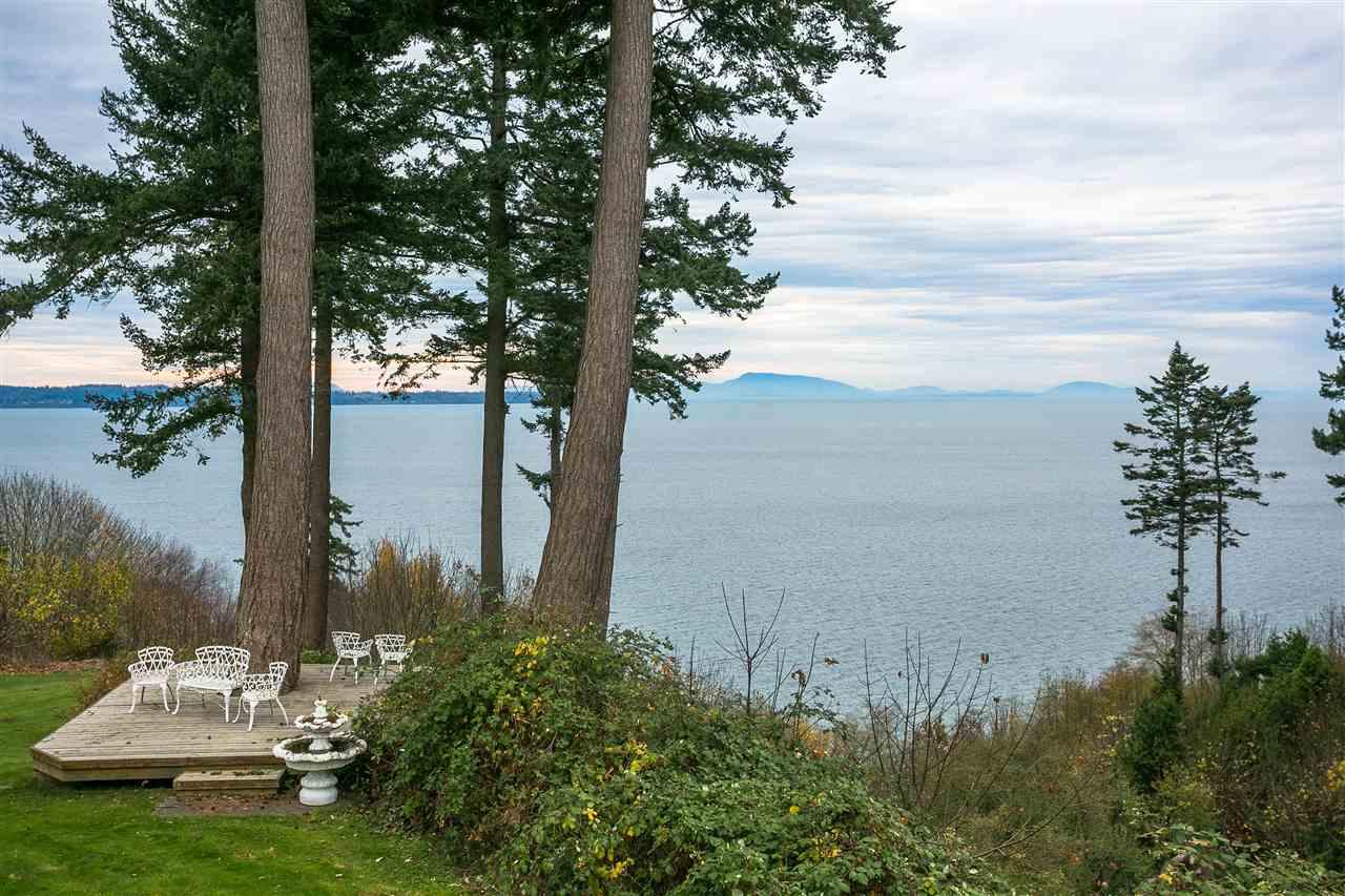 Detached at 13836 MARINE DRIVE, South Surrey White Rock, British Columbia. Image 7