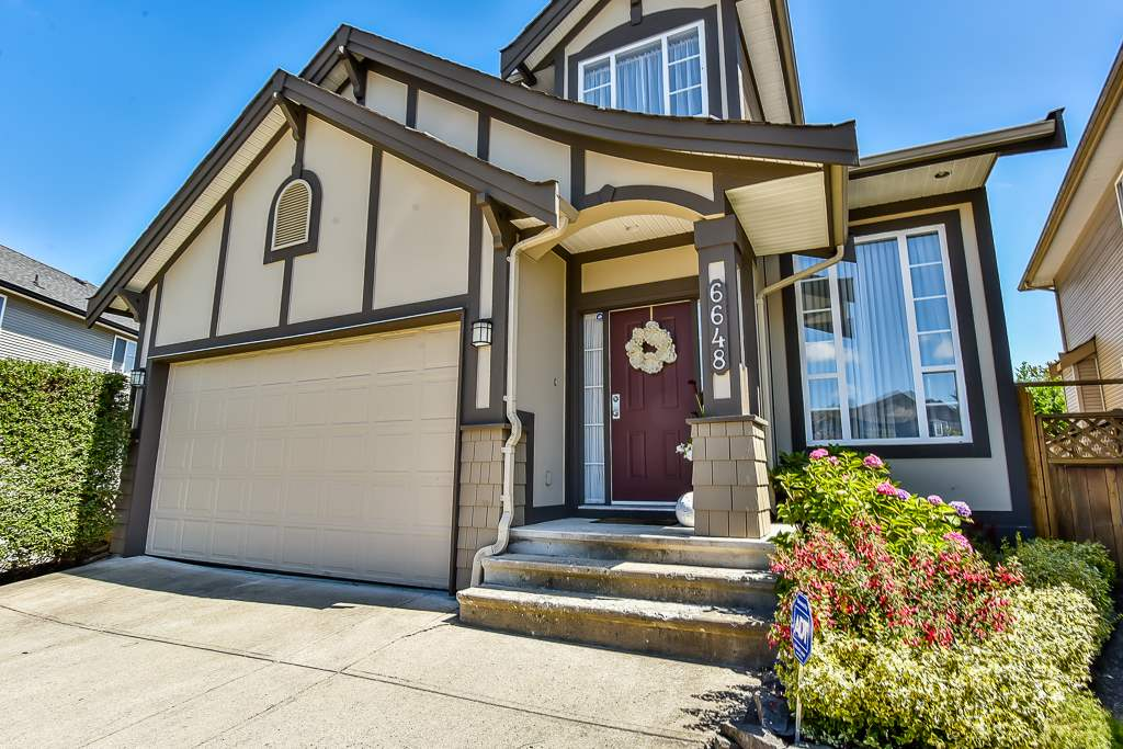 Detached at 6648 187A STREET, Cloverdale, British Columbia. Image 1