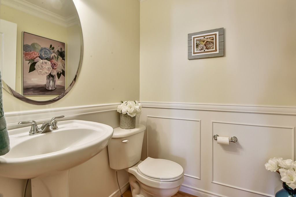 Detached at 6648 187A STREET, Cloverdale, British Columbia. Image 15