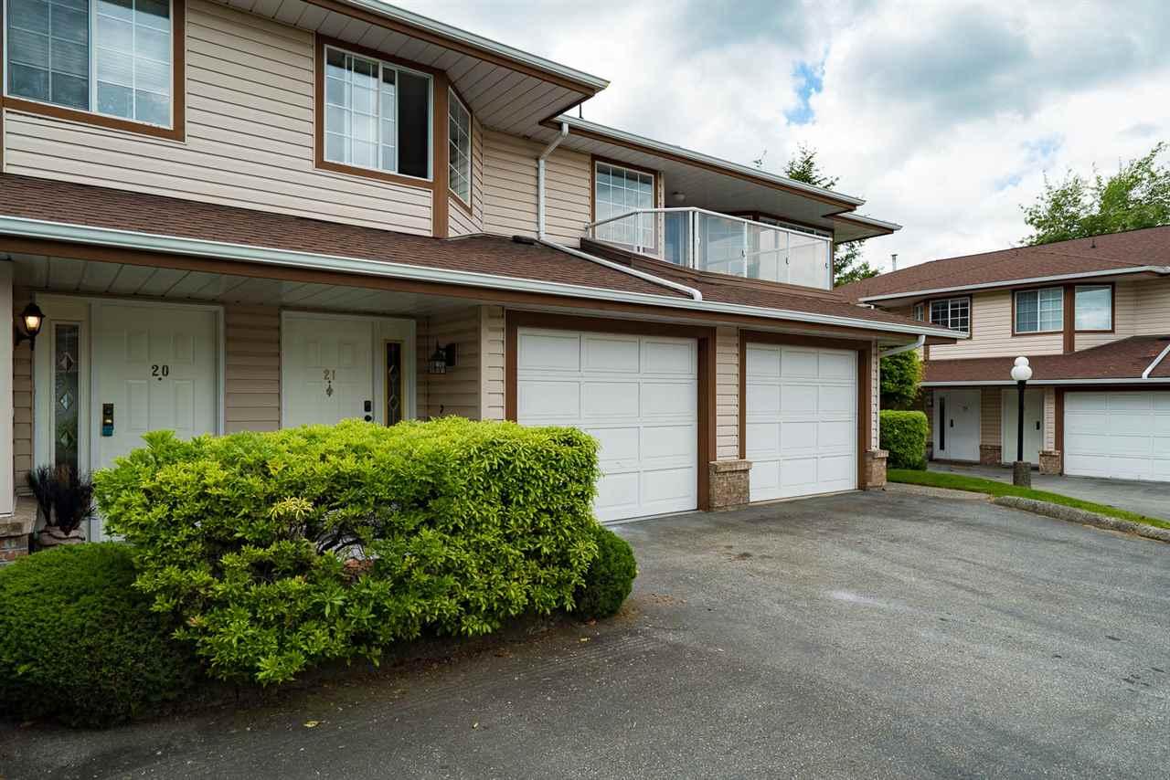Townhouse at 21 32659 GEORGE FERGUSON WAY, Unit 21, Abbotsford, British Columbia. Image 1