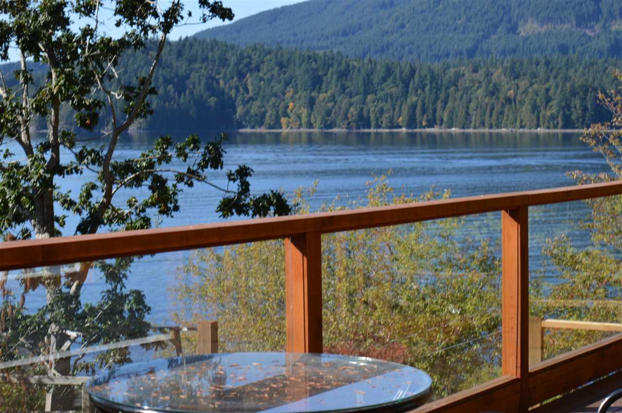 Detached at 2431 AUSTIN ROAD, Sunshine Coast, British Columbia. Image 4