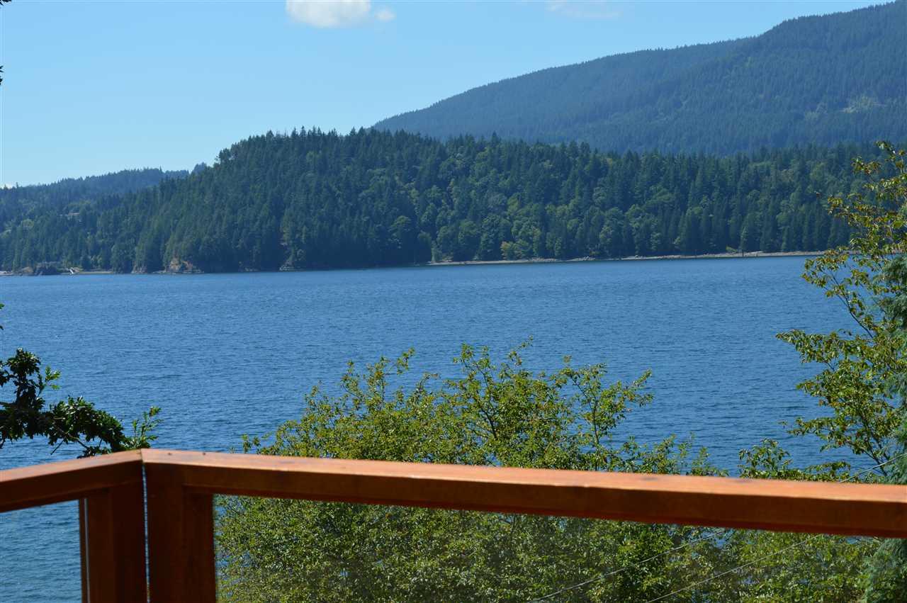 Detached at 2431 AUSTIN ROAD, Sunshine Coast, British Columbia. Image 9