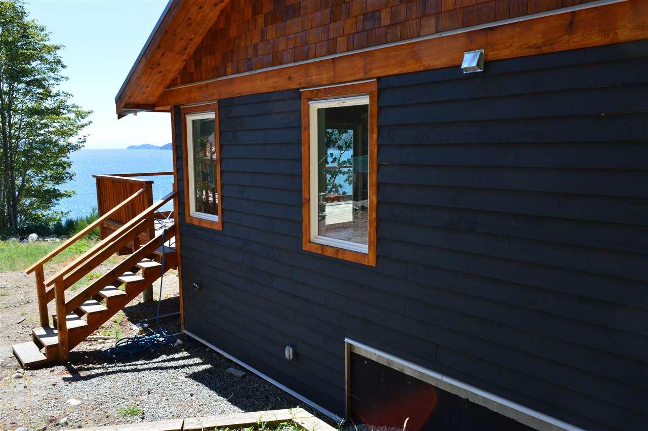 Detached at 2431 AUSTIN ROAD, Sunshine Coast, British Columbia. Image 10