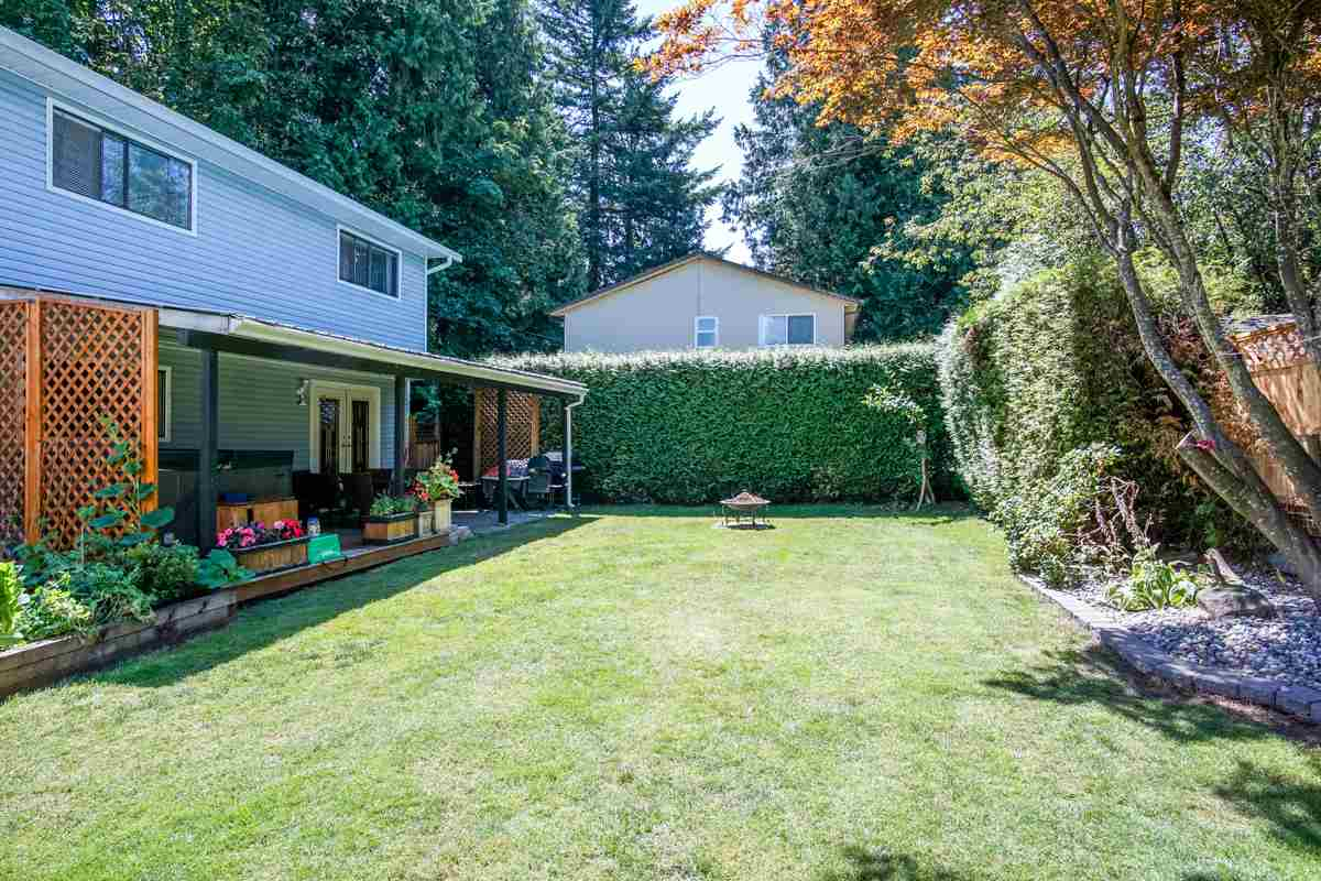 Detached at 6475 131A STREET, Surrey, British Columbia. Image 13