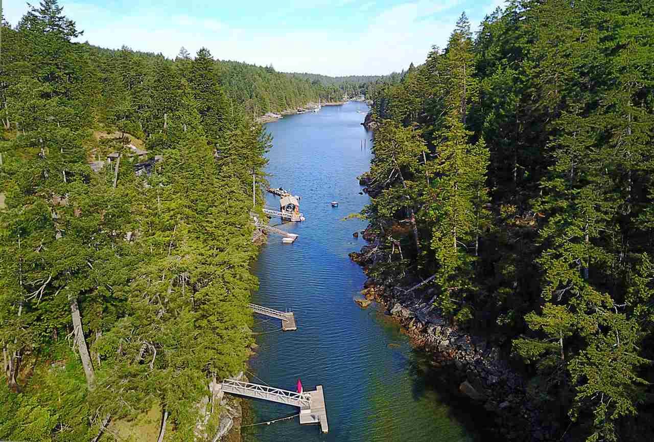 Detached at 9752 SECRET ROAD, Sunshine Coast, British Columbia. Image 1
