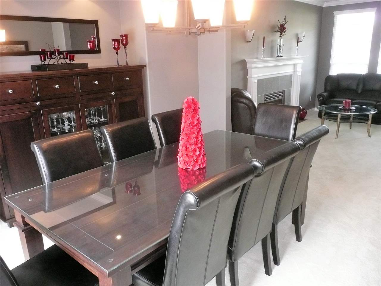Detached at 18146 68A AVENUE, Cloverdale, British Columbia. Image 3