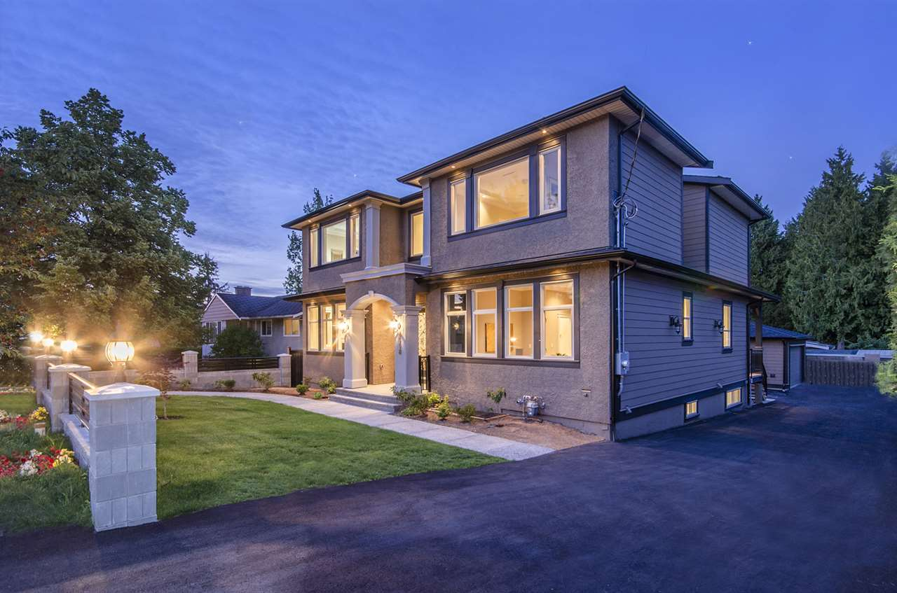 Detached at 4558 SMITH AVENUE, Burnaby South, British Columbia. Image 2
