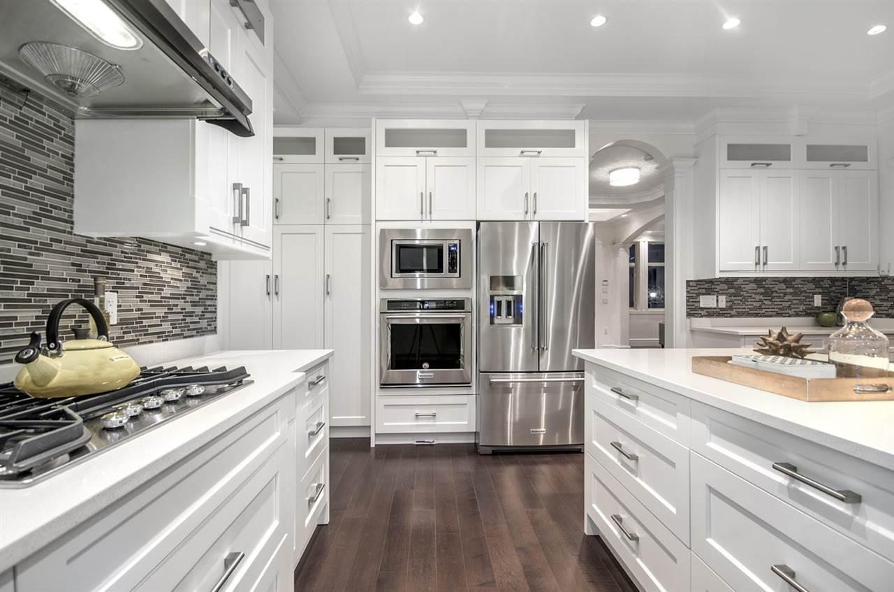 Detached at 4558 SMITH AVENUE, Burnaby South, British Columbia. Image 12