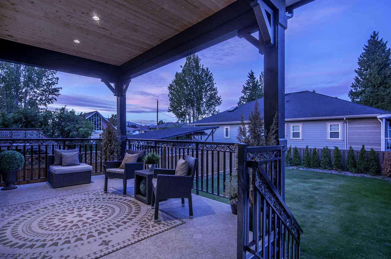 Detached at 4558 SMITH AVENUE, Burnaby South, British Columbia. Image 19
