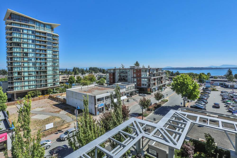 Condo Apartment at 507 1473 JOHNSTON ROAD, Unit 507, South Surrey White Rock, British Columbia. Image 1