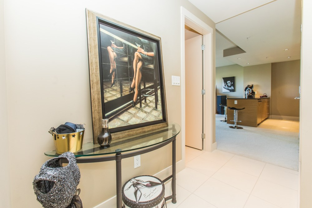 Condo Apartment at 507 1473 JOHNSTON ROAD, Unit 507, South Surrey White Rock, British Columbia. Image 4