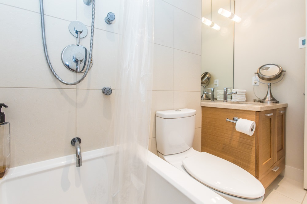 Condo Apartment at 507 1473 JOHNSTON ROAD, Unit 507, South Surrey White Rock, British Columbia. Image 10