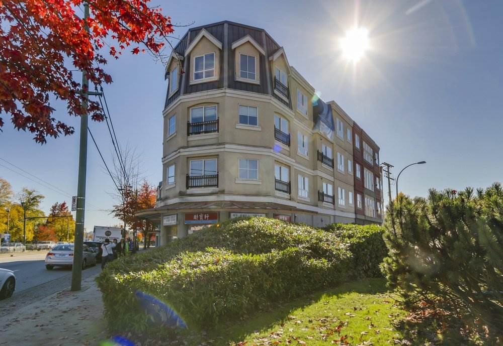 Condo Apartment at W313 488 KINGSWAY STREET, Unit W313, Vancouver East, British Columbia. Image 1