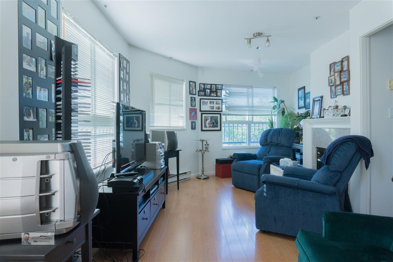 Condo Apartment at W313 488 KINGSWAY STREET, Unit W313, Vancouver East, British Columbia. Image 15