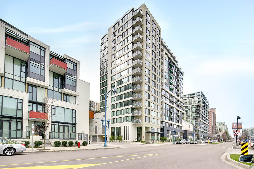 Condo Apartment at 1506 7888 ACKROYD ROAD, Unit 1506, Richmond, British Columbia. Image 1