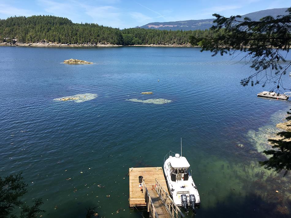 Detached at BLIND BAY, Sunshine Coast, British Columbia. Image 3