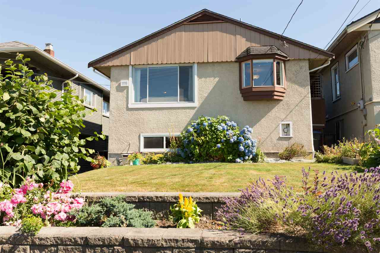 Detached at 116 EIGHTH AVENUE, New Westminster, British Columbia. Image 19