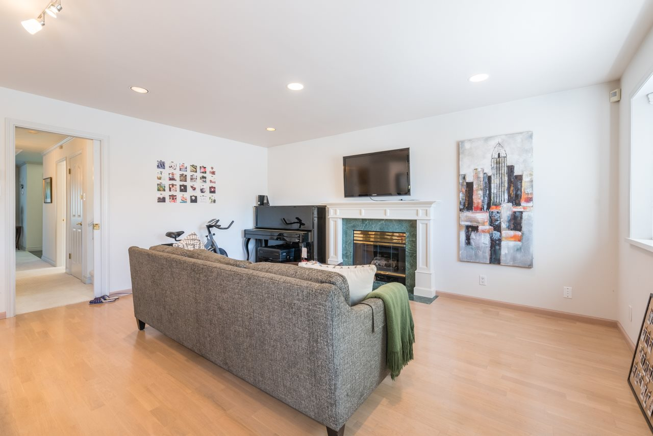 Detached at 2868 W 42ND AVENUE, Vancouver West, British Columbia. Image 10