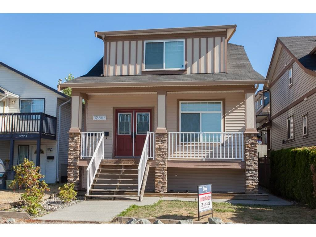 Detached at 32865 2ND AVENUE, Mission, British Columbia. Image 1