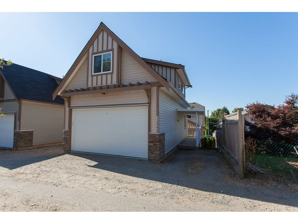 Detached at 32865 2ND AVENUE, Mission, British Columbia. Image 20