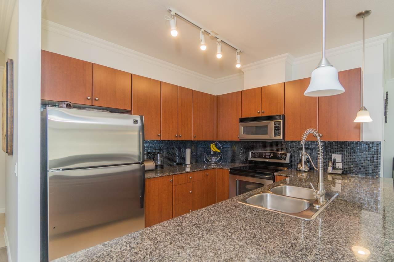 Condo Apartment at 309 15385 101A AVENUE, Unit 309, North Surrey, British Columbia. Image 12