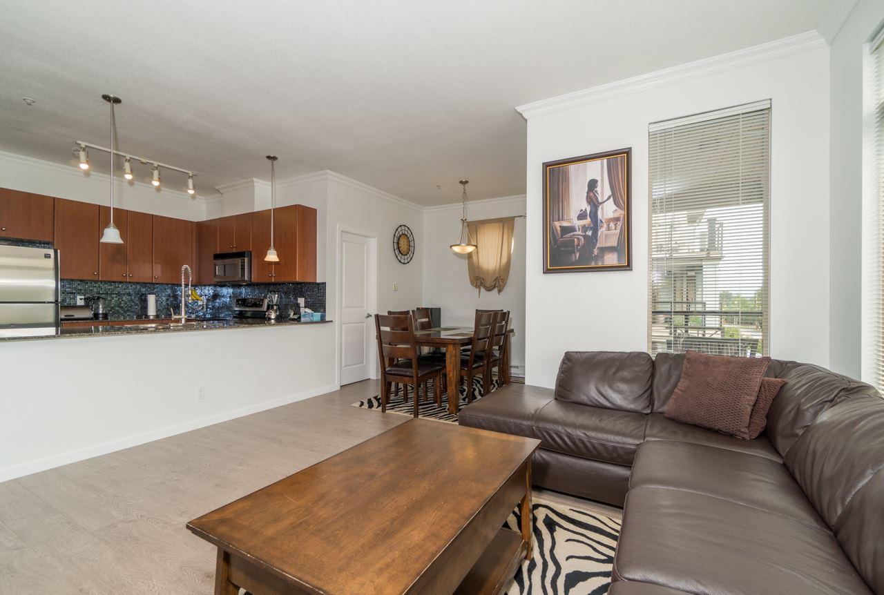 Condo Apartment at 309 15385 101A AVENUE, Unit 309, North Surrey, British Columbia. Image 17