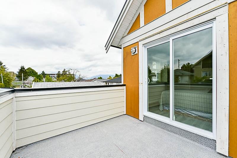 Half-duplex at 4361 FLEMING STREET, Vancouver East, British Columbia. Image 18
