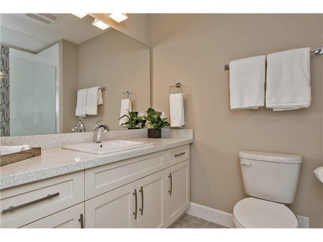 Condo Apartment at 408 45750-3 KEITH WILSON ROAD, Unit 408, Sardis, British Columbia. Image 9