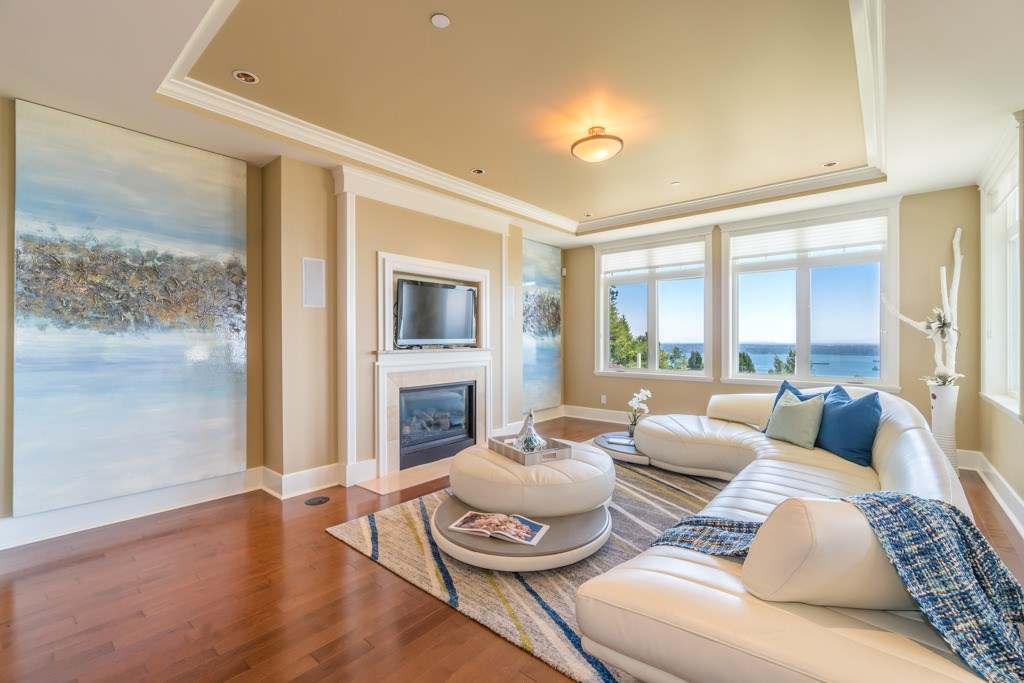 Detached at 2598 CHIPPENDALE ROAD, West Vancouver, British Columbia. Image 9