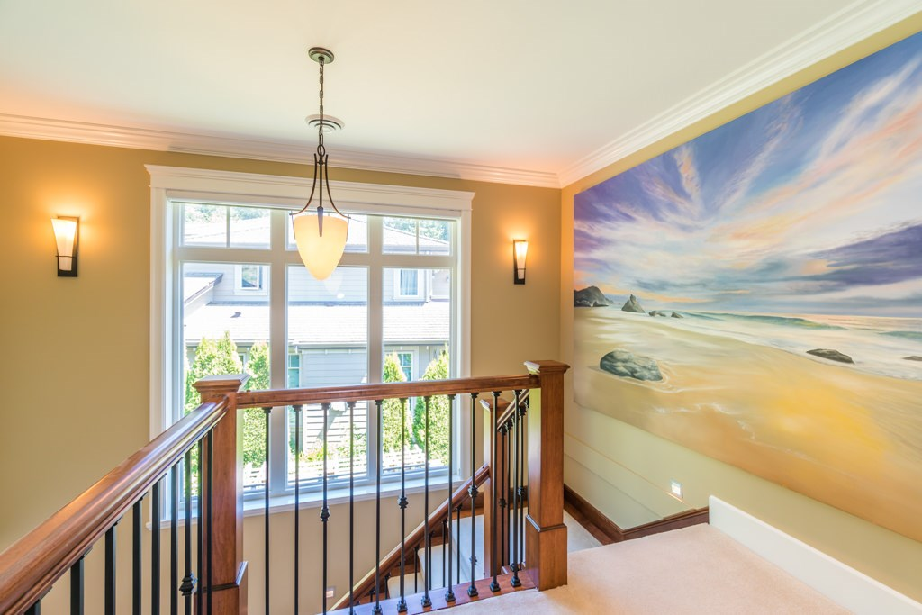 Detached at 2598 CHIPPENDALE ROAD, West Vancouver, British Columbia. Image 15