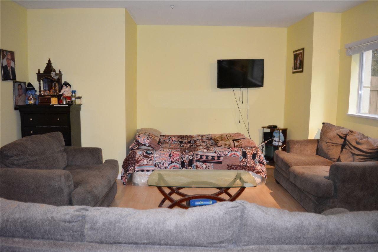Condo Apartment at 112 13727 74 AVENUE, Unit 112, Surrey, British Columbia. Image 9