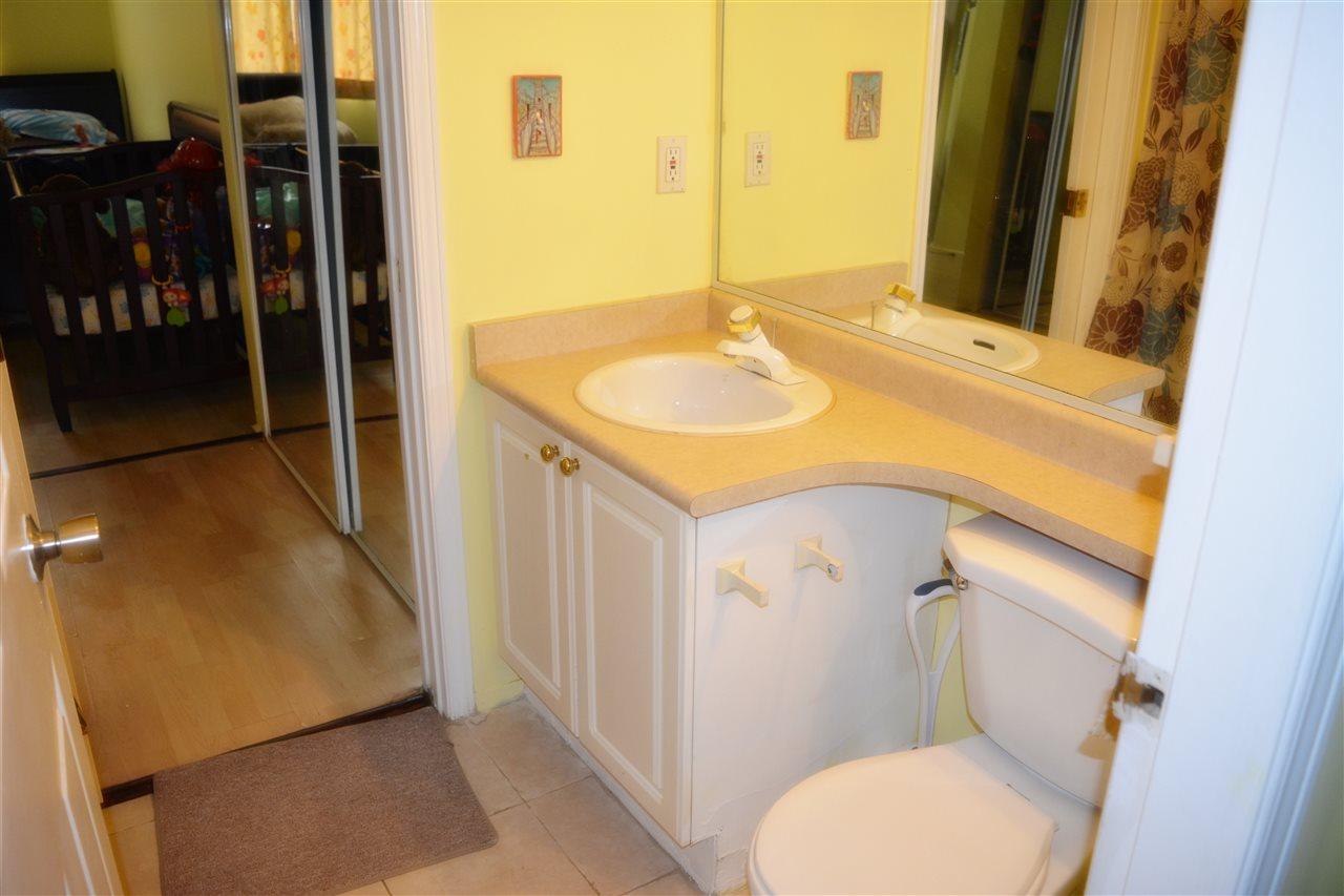 Condo Apartment at 112 13727 74 AVENUE, Unit 112, Surrey, British Columbia. Image 16