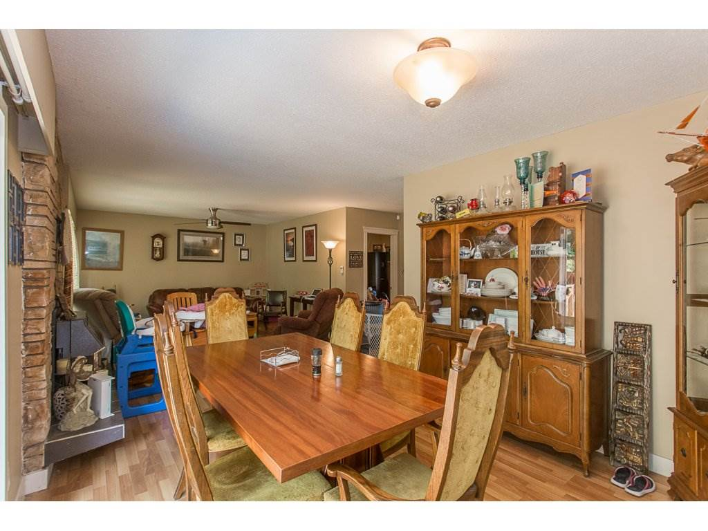 Detached at 3143 LEFEUVRE ROAD, Abbotsford, British Columbia. Image 5