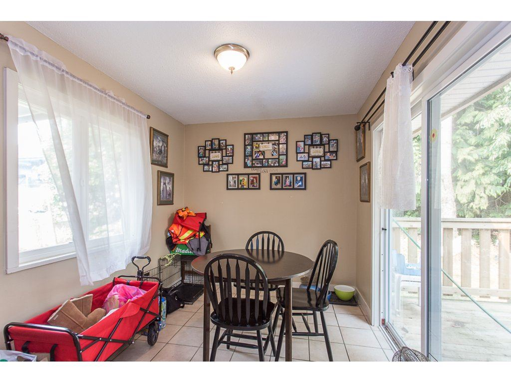 Detached at 3143 LEFEUVRE ROAD, Abbotsford, British Columbia. Image 8