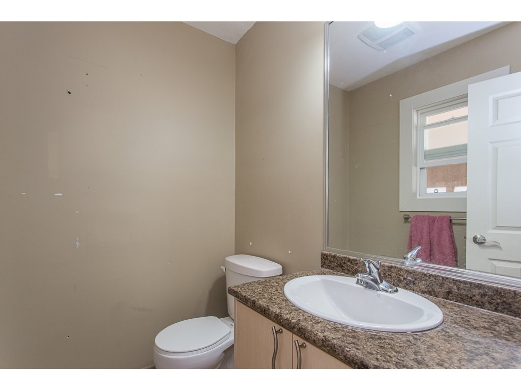 Detached at 3143 LEFEUVRE ROAD, Abbotsford, British Columbia. Image 11